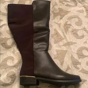 Wife calf Boots, never worn, smoke free home